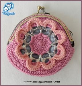 Monedero flor rosa